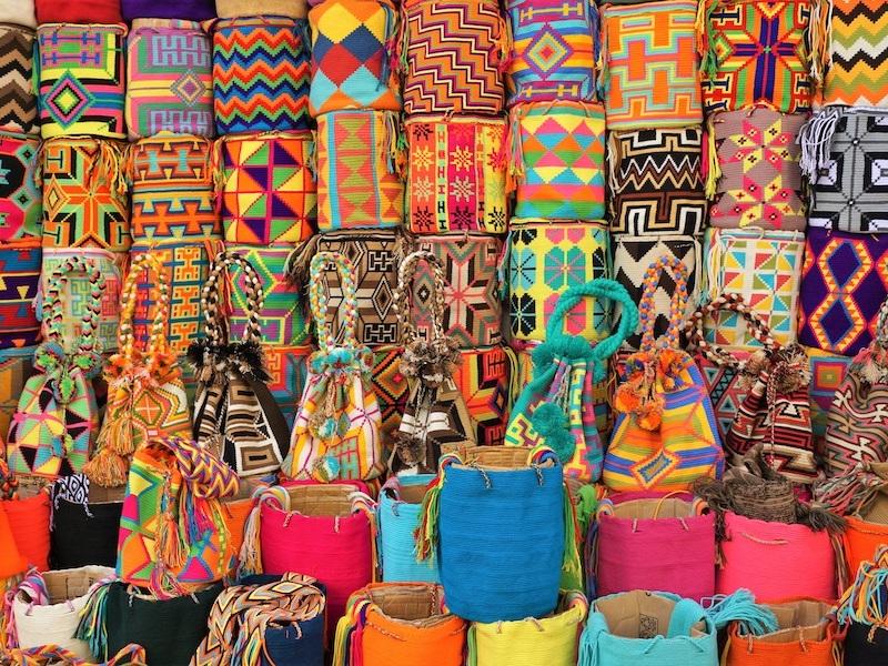 Kolumbien Mietwagenreise bunte Taschen